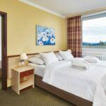 Pokój 2-osobowy z prysznicem z balkonem (możliwa dostawka)
