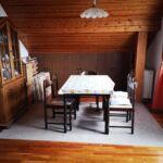 Apartament la mansarda cu aer conditionat cu 2 camere pentru 4 pers. (se poate solicita pat suplimentar)