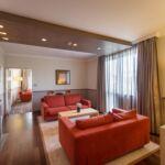 Rezydencja pokój 4-osobowy na piętrze z widokiem na miasto z 2 pomieszczeniami sypialnianymi (możliwa dostawka)