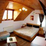 Pokoj s klimatizací pro 5 os. na poschodí