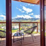 Apartament cu balcon cu vedere spre munte cu 2 camere pentru 4 pers.