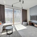 Apartament deluxe cu balcon cu 2 camere pentru 4 pers.