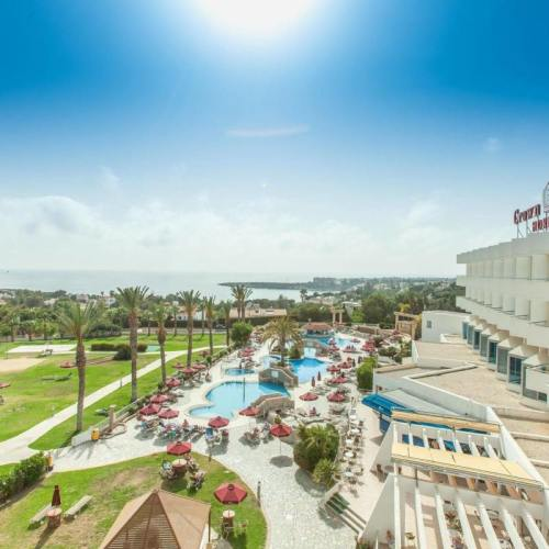 Crown Horizon Bay Hotel Paphos